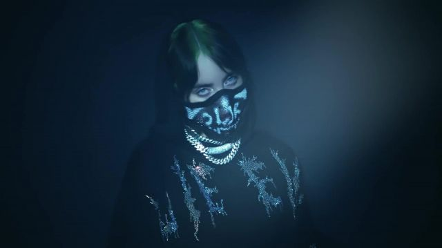 The mask for the mouth of Billie Eilish in the video Billie Eilish X Bershka - Youtube Outfits and Products
