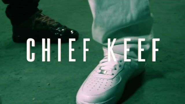 The pair of Nike Air Force 1 low white in the clip Love Sosa of Chief Keef - Youtube Outfits and Products