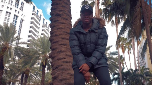 The residence 1500 Ocean Drive and the Royal Palm Miami Beach in the clip Mans not hot Big Shaq - Youtube Outfits and Products