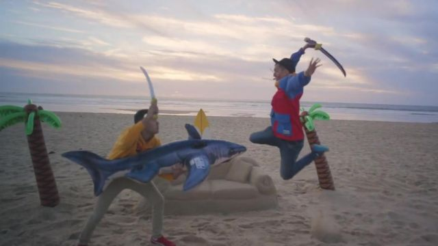 The shark inflatable in the clip For a friend of Bigflo & Oli - Youtube Outfits and Products