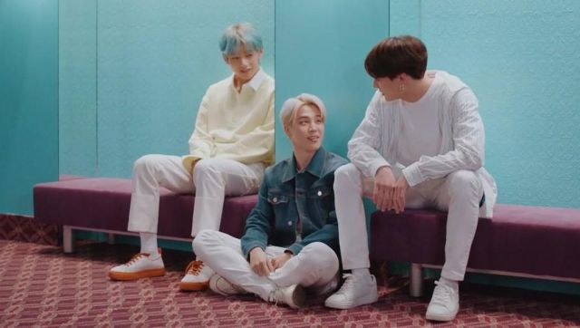 Fashion Trends 2021: The sneakers Sunnei of V in the clip Lights BTS