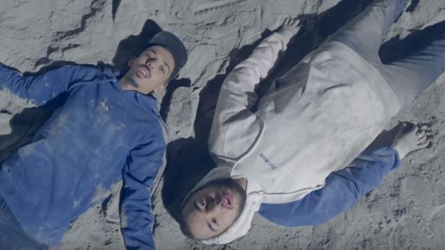 The sweatshirt hoody outfit worn by Oli in the clip On the moon from Bigflo & Oli - Youtube Outfits and Products