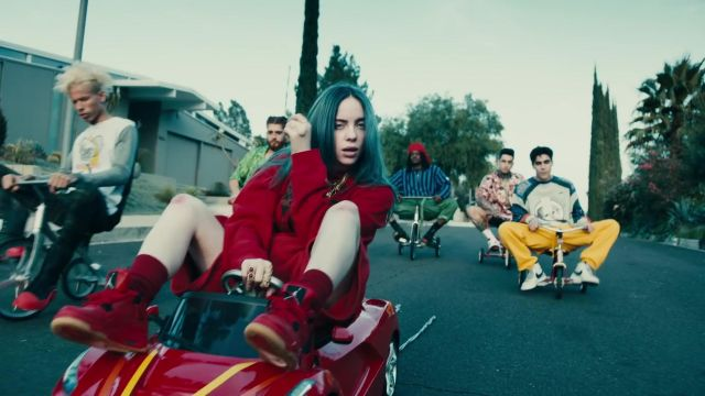 The sweatshirt hoody red outfit worn by Billie Eilish in her video clip Bad guy - Youtube Outfits and Products