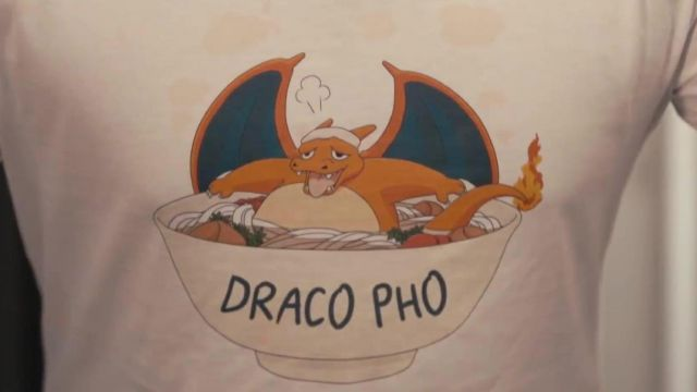 """The t-shirt Pun """"Draco Pho"""" in the video """"the MAGIC T-SHIRT ! by Le rire jaune"""