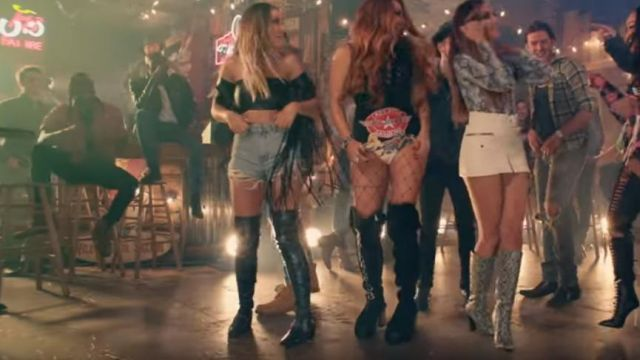 The waders of Perrie Edwards in the clip No more, sad song of Little mix - Youtube Outfits and Products