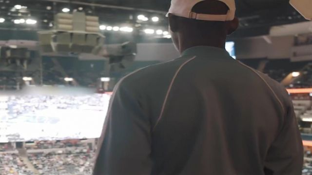 The white cap OVO in the clip Look Alive BlocBoy JB & Drake - Youtube Outfits and Products
