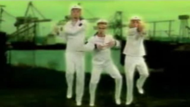 The white uniform of the sailor Bratisla Boys in the clip Stach stach - Youtube Outfits and Products