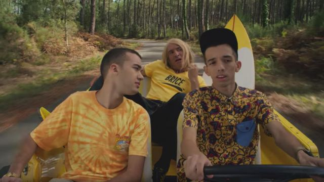 The yellow t-shirt Brew Thru of Oli in the clip For a friend of BigFlo and Oli - Youtube Outfits and Products