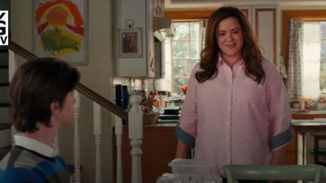 Tommy Hilfiger Roll Tab Button Down Shirt outfit worn by Katie Otto (Katy Mixon) in American Housewife Season 4 Episode 7 - TV Show Outfits and Products
