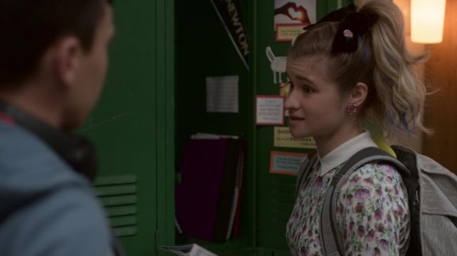 Top floral Ted Baker Paige (Jenna Boyd) seen in Atypical Season 2 Episode 3 - TV Show Outfits and Products