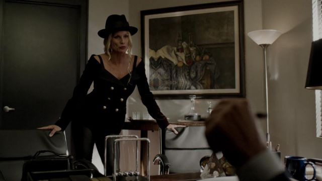 Top, made of velvet and strapless Faith Connection, outfit worn by Alexis Carrington (Nicollette Sheridan) seen in Dynasty Season 2 Episode 5 - TV Show Outfits and Products