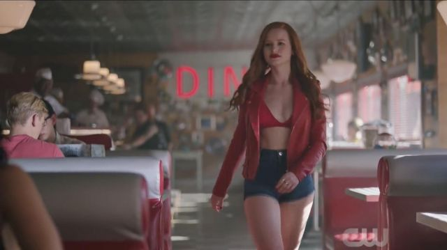 Top outfit worn by Cheryl Blossom (Madelaine Petsch) seen in Riverdale (Season 3 Episode 1) - TV Show Outfits and Products