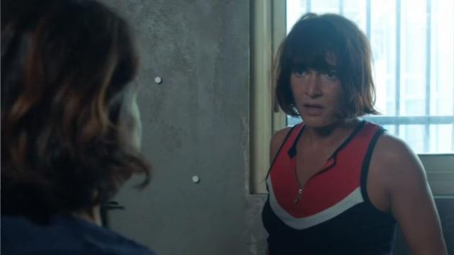 Top zip of the that was a in Tomorrow belongs to us Season 1E310 - TV Show Outfits and Products