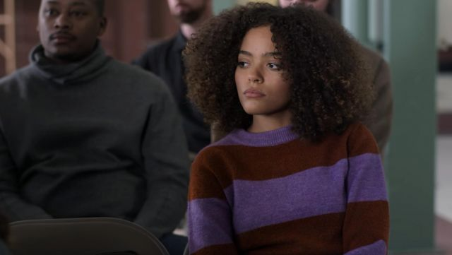 Topshop Bold Stripe Crewneck Sweater outfit worn by Tabitha Foster (Quintessa Swindell) in Trinkets (S01E01) - TV Show Outfits and Products