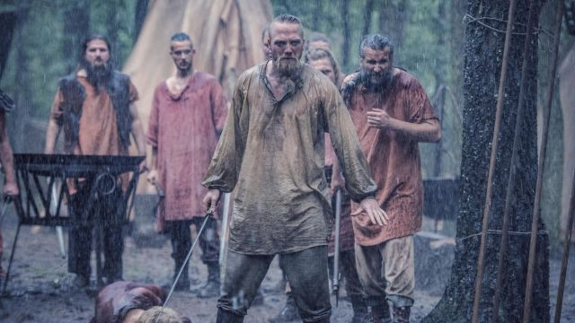 Tunic beige Erik (Christian Hillborg) seen in The Last Kingdom Season 2 Episode 4 - TV Show Outfits and Products