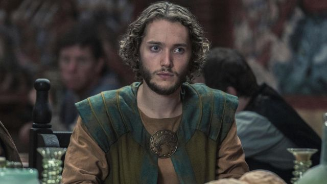 Tunic green and blue of Aethelred (Toby Regbo) seen in The Last Kingdom Season 2 Episode 3 - TV Show Outfits and Products