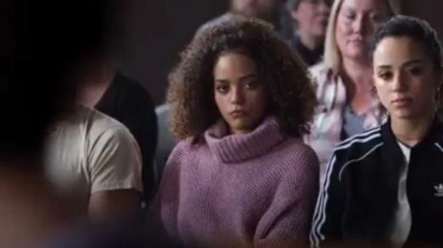Urban Outfitters Sitka Plush Turtleneck outfit worn by Tabitha Foster (Quintessa Swindell) in Trinkets (S01E10) - TV Show Outfits and Products