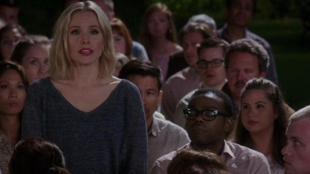 V neck sweater from Eleanor Shellstrop (Kristen Bell) seen in The Good Place (Season 3 Episode 7)