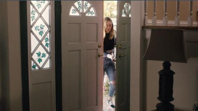Vans Black Lace Up Sneakers outfit worn by McKenna Brady (Liana Liberato) in Light as a Feather Season 2 Episode 10 - TV Show Outfits and Products