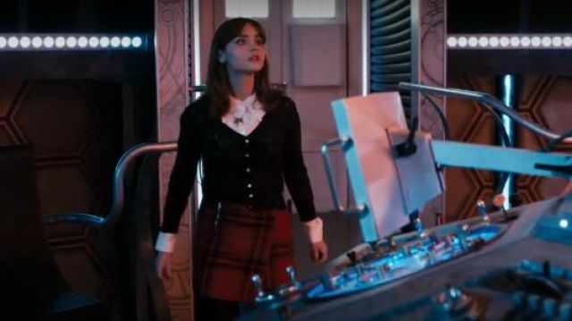 Vaudeville & Burlesque at Urban Outfitters Cream lace blouse outfit seen on Clara (Jenna Coleman) in Doctor Who (S08E01) - TV Show Outfits and Products