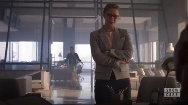 Veronica Beard Martel Herringbone Dickey Jacket outfit worn by Kara Danvers (Melissa Benoist) in Supergirl (S04E22) - TV Show Outfits and Products