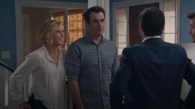 Veronica Beard White Jamie Blouse outfit worn by Claire Dunphy (Julie Bowen) in Modern Family Season 11 Episode 6 - TV Show Outfits and Products