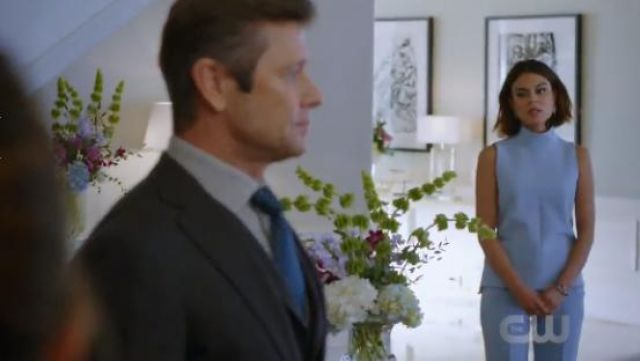 Victoria Beckham Flared High-Waist Trousers outfit seen on Cristal Jennings (Ana Brenda Contreras) in Dynasty (S01E18) - TV Show Outfits and Products
