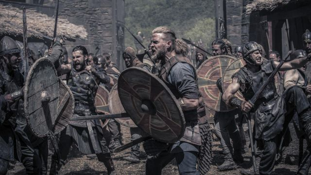 Viking shield of Ragnar the Younger (Tobias Santelmann) seen in The Last Kingdom Season 2 Episode 4 - TV Show Outfits and Products