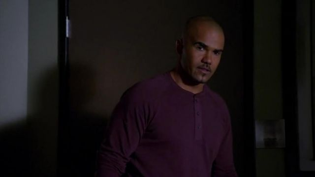 Vince Men L S Henley W Woven Placket Claret Clothing T Shirts outfit worn by Derek Morgan (Shemar Moore) in Criminal Minds (S10E07) - TV Show Outfits and Products