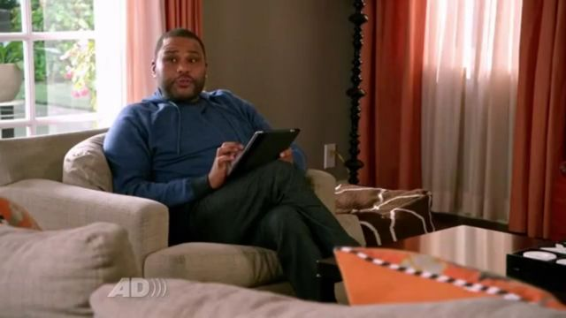 Vnice Pullover Hoodie outfit worn by Andre 'Dre' Johnson (Anthony Anderson) in black-ish (S01E24) - TV Show Outfits and Products