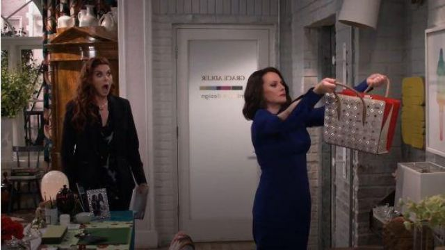 White Megan Studded Paloma Tote outfit worn by Karen Walker (Megan Mullally) in Will & Grace Season 03 Episode 03 - TV Show Outfits and Products