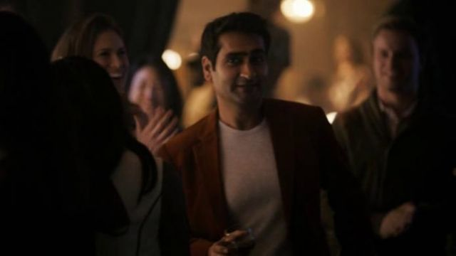 White T-shirt outfit worn by Samir Wassan (Kumail Nanjiani) in The Twilight Zone (S01E01) - TV Show Outfits and Products