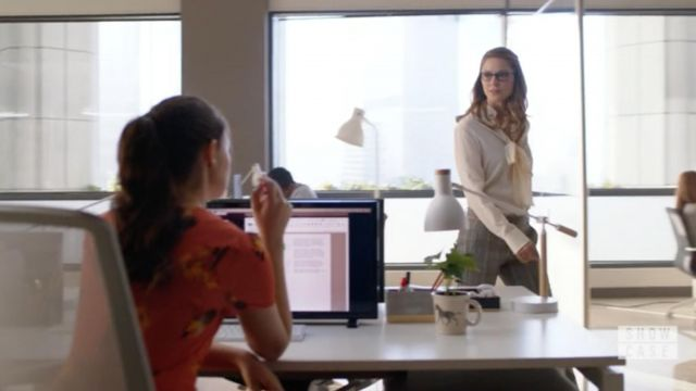 White blouse Chloe of Kara Danvers (Melissa Benoist) seen in Supergirl Season 4 Episode 1 - TV Show Outfits and Products