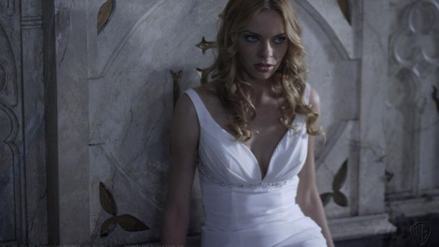 Fashion Trends 2021: White dress Lilith (Katie Cassidy) seen in Supernatural Season 4 Episode 3