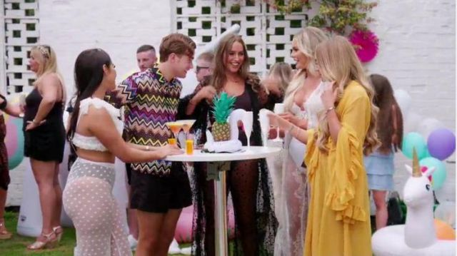 White sheer dot print trousers outfit worn by (Chloe Brockett) in The Only Way Is Essex (S25E01)