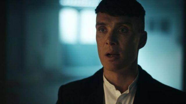 Fashion Trends 2021: White shirt round Neck amount of Thomas Shelby (Cillian Murphy) seen in Peaky Blinders Season 4 Episode 2