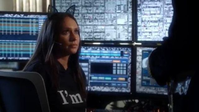 Wildfox I'm A Cat Sweater outfit worn by Maddie Kendall (Jennifer Love Hewitt) in 9-1-1 Season 03 Episode 06 - TV Show Outfits and Products