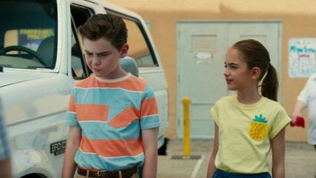 Yellow pineapple pocket tee outfit worn by Anna-Kat Otto in American Housewife Season 04 Episode 03 - TV Show Outfits and Products
