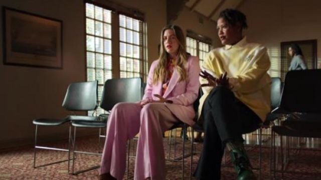 Zara pink coloured wide leg trousers outfit worn by McAfee (Laura Dreyfuss) in The Politician Season 1 Episode 6 - TV Show Outfits and Products