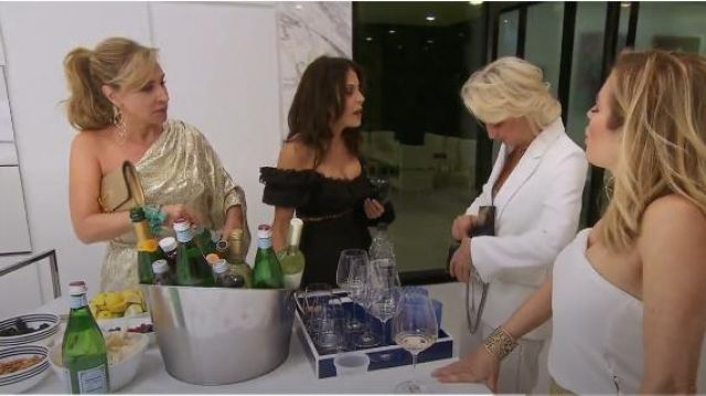 Zimmermann Allia High Waisted Short outfit worn by Bethenny Frankel in The Real Housewives of New York City (S11E15) - TV Show Outfits and Products