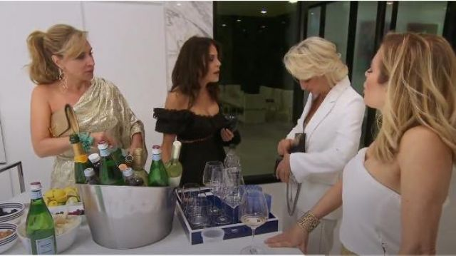 Zimmermann Allia Pintuck Off Shoulder Top outfit worn by Bethenny Frankel in The Real Housewives of New York City (S11E15) - TV Show Outfits and Products