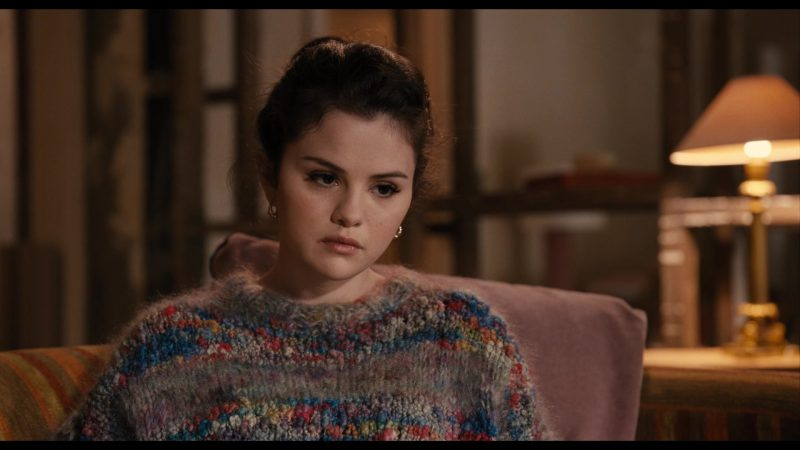 Fashion Trends 2021: Multicolor Knitted Sweater of Selena Gomez as Mabel in Only Murders in the Building