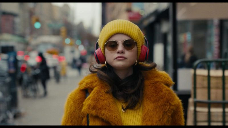 Fashion Trends 2021: Round Women's Sunglasses of Selena Gomez as Mabel in Only Murders in the Building