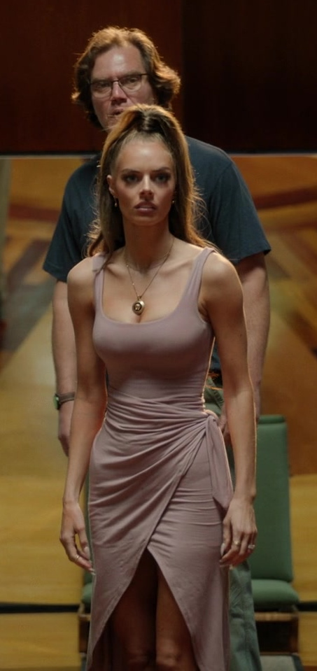 Fashion Trends 2021: Sleeveless Solid Split Front Bodycon Midi Tank Dress with Belt Worn by Samara Weaving as Jessica Chandler in Nine Perfect Strangers